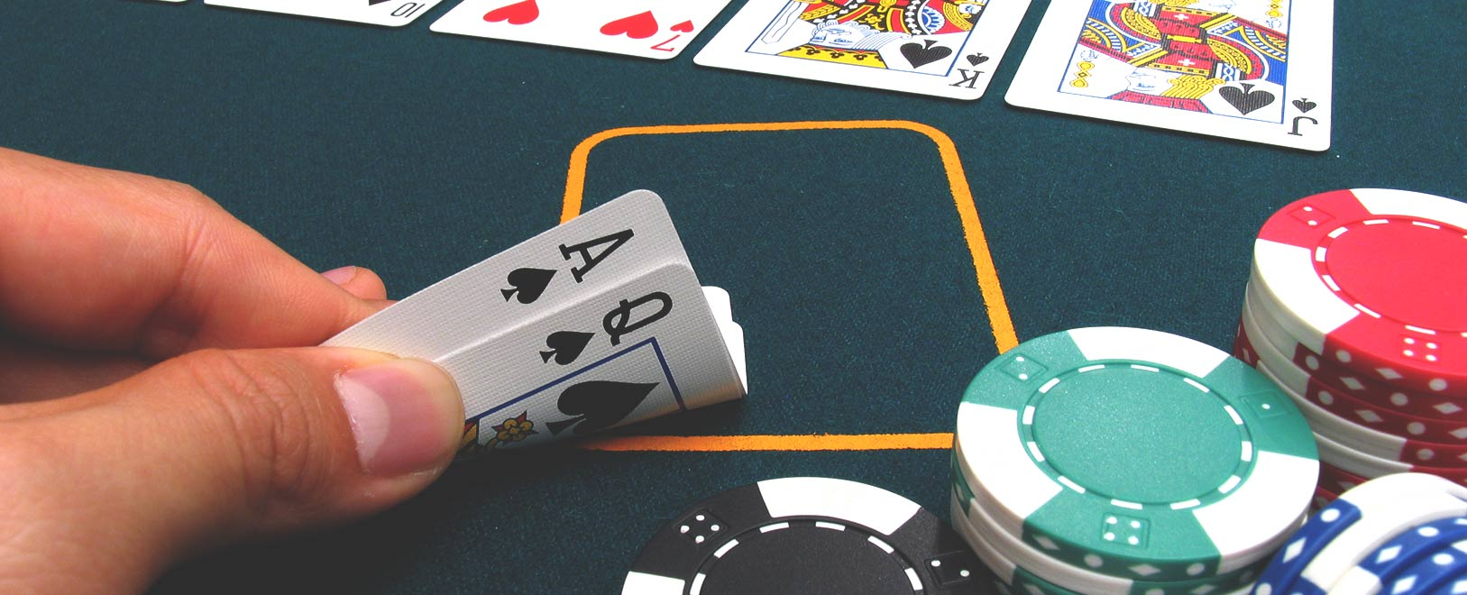 Online Poker Tips: Learn how to Play Pairs in Poker Games at Bodog